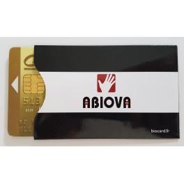 Lot de 8 étuis protège carte bancaire ou de badge de contrôle d'accès