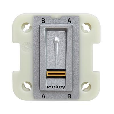 Lecteur d'empreinte digitale 101148 pour être encastré dans un boitier électrique comme interrupteur