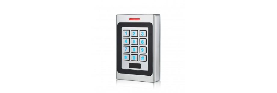 Centrale de contrôle d'accès à badges et à code